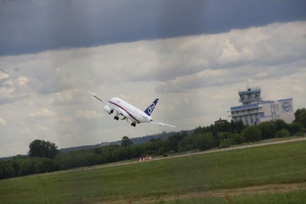 Полет, самолета, Сухой, Суперджет-100