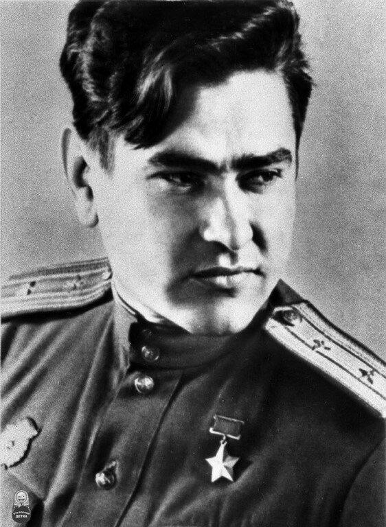 Герой Советского Союза, А. П., Маресьев, летчик, ас, летчик-ас